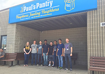 Schneider Students at Paul's Pantry