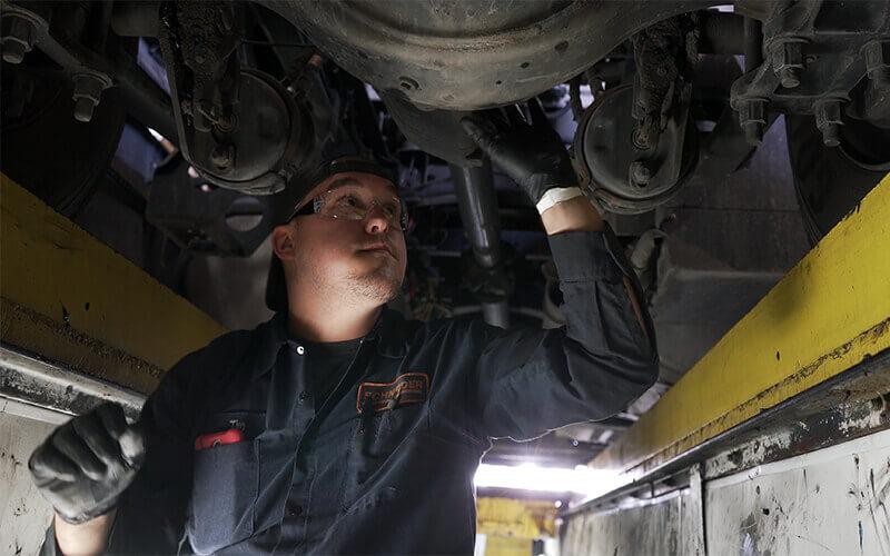Advantages to fleet mechanic vs dealership mechanic