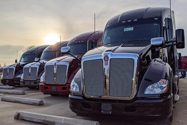 https://cdn.agilitycms.com/schneider-trucks/images/about-sfi/homepage-inventory.jpg