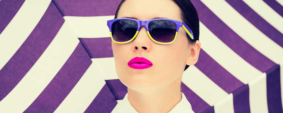 HOW TO WEAR LIPSTICK IN EVERY COLOUR OF THE RAINBOW