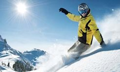 Snowboarding vs Skiing: What You Need to Know